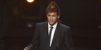 Neymar concorrerá ao Puskas pela quarto ano seguido
