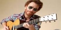 Nando Reis faz show aberto ao público em Peruíbe, neste sábado (17)
